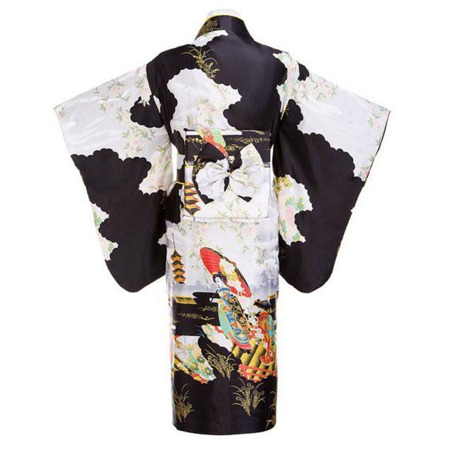 Traditional Japanese Women's Kimono