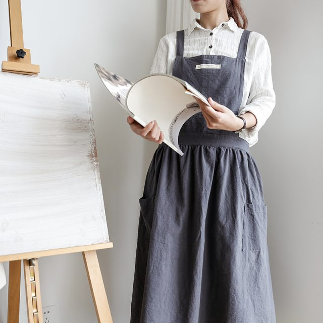 Women's Long Pleated Cotton Apron