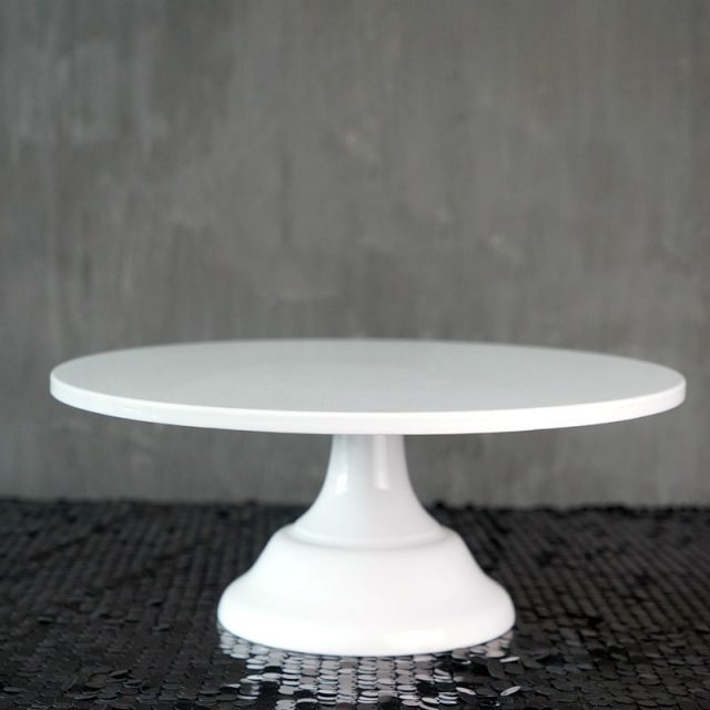Useful Convenient Eco-Friendly Metal Cake Stand