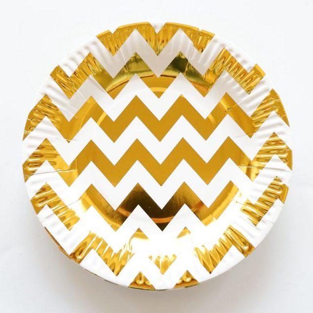 Gold Foil Pattern Paper Plates Set
