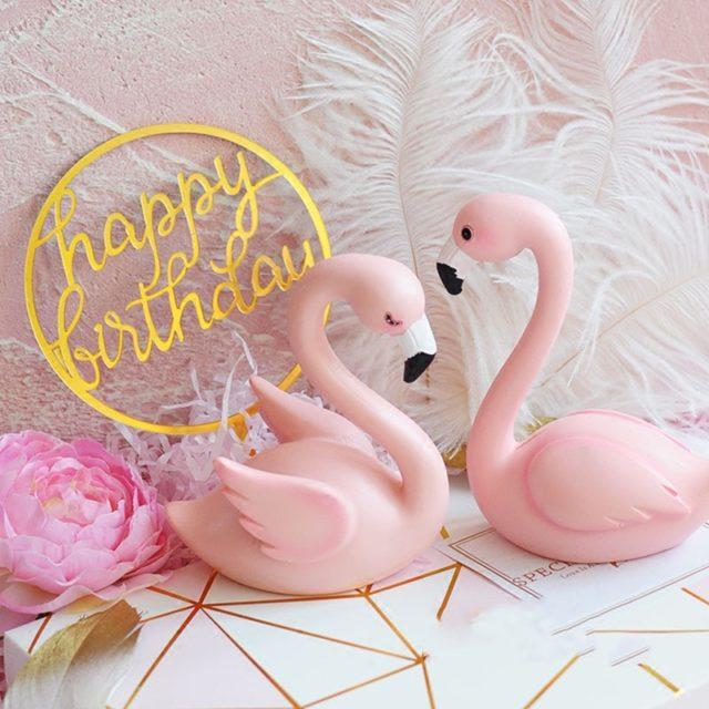 Romantic Pink Flamingo Cake Decor